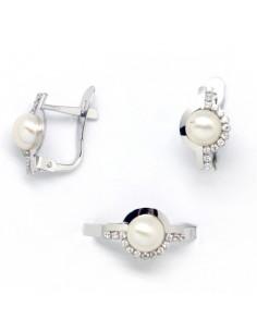 58ea334152c5 Conjunto de pendientes y sortija para niña de comunión en oro blanco con  perlas y circonitas