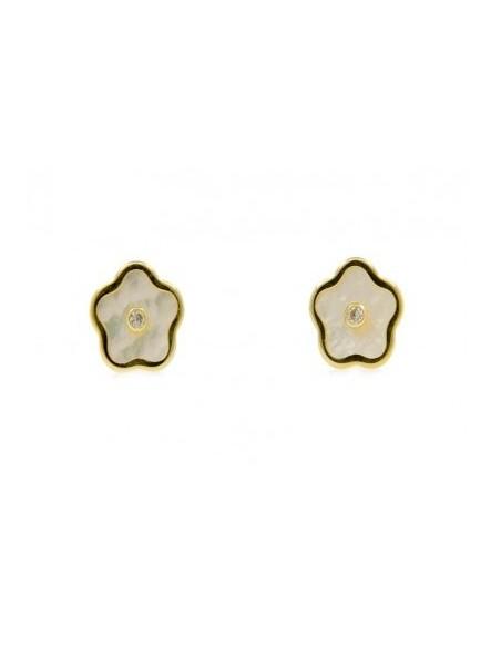 Pendientes para niña en nácar y oro de 18kts con forma de flor
